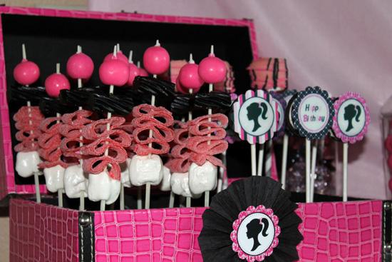 Decoración de Fiesta de Cumpleaños inspirada en Barbie : Fiestas ...