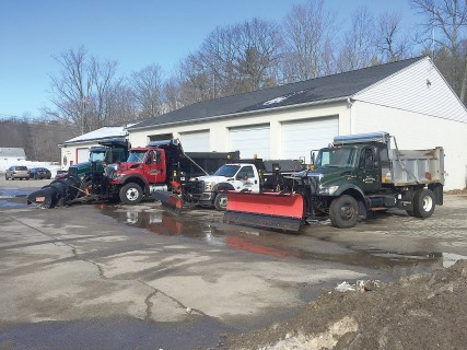 The windham eagle plows take a break and save on budgets by in january residents expect to see their town trucks with plows keeping the roads safe and clear but this year the plow trucks arent as busy as in past publicscrutiny Image collections