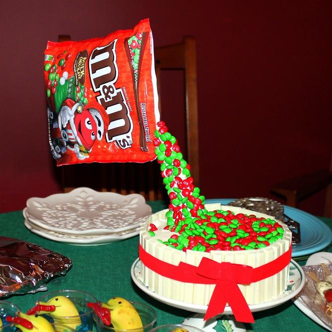 52 ways to cook holiday m m gravity cake easy easy easy - Gravity cake noel ...
