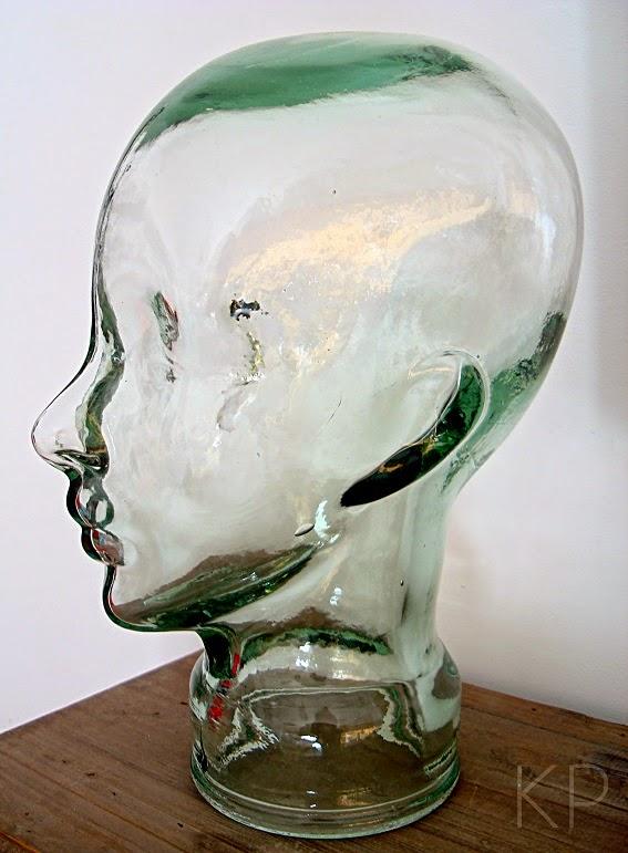 Cabeza antigua de cristal para decorar, para tocados o sombreros.