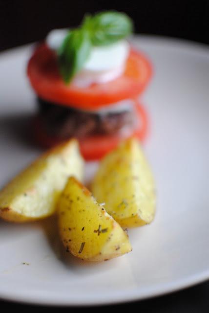 tomat, recept, burgare, mozzarella, lchf, gi, utan bröd,