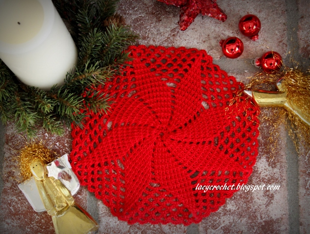 Lacy Crochet Christmas Star Doily Free Pattern