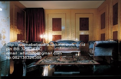 sofa classic jepara furniture mebel ukir antik jepara jual sofa tamu set ukir sofa tamu klasik set sofa tamu jati jepara sofa tamu antik mebel jati antik jepara SFTM-66028,Sofa classic veener italian furniture