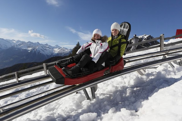 Alpinbob fahren im Skigebiet Meran 2000 in Südtirol...