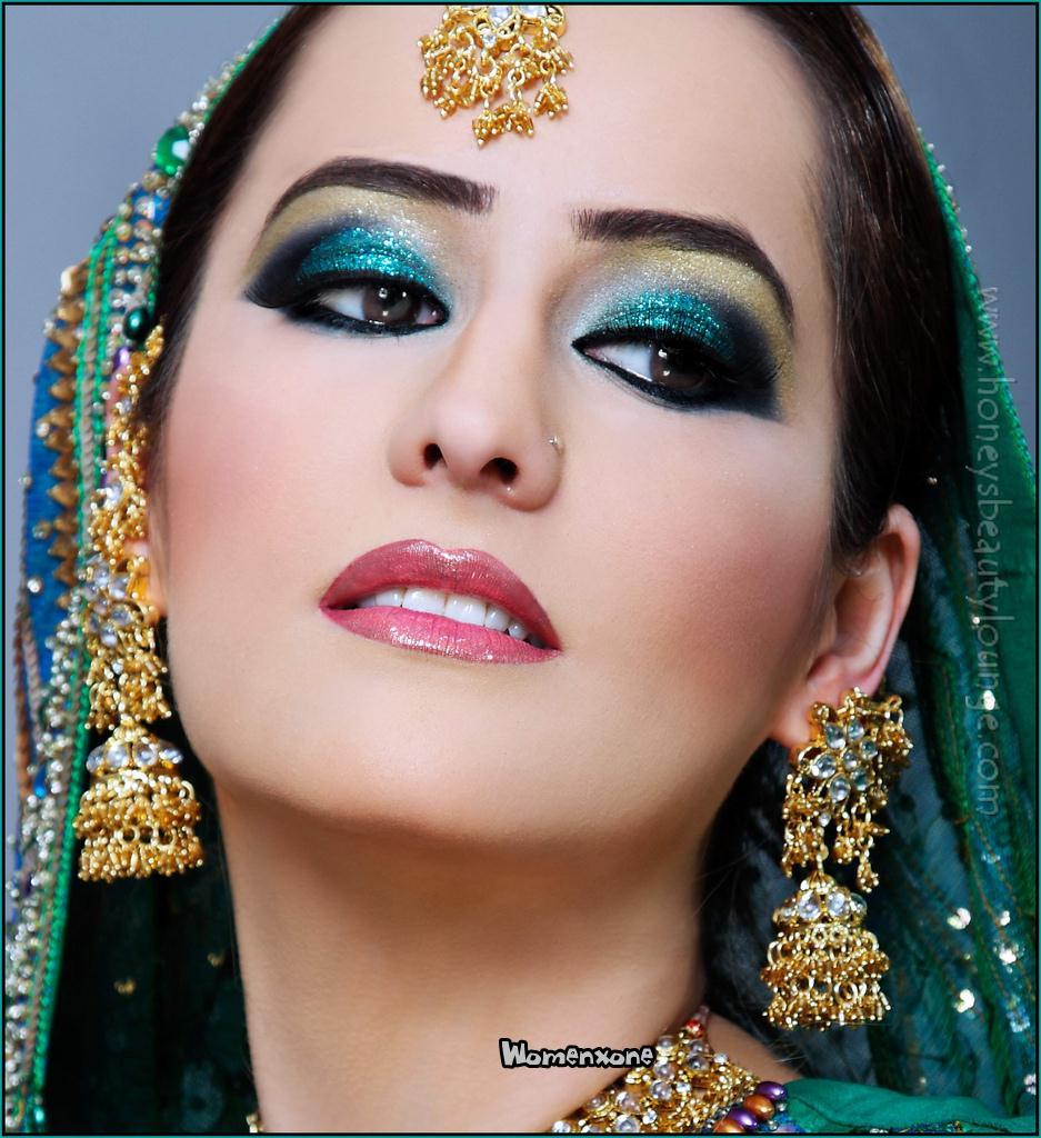 pakistani dulhan makeup dress jewelry look