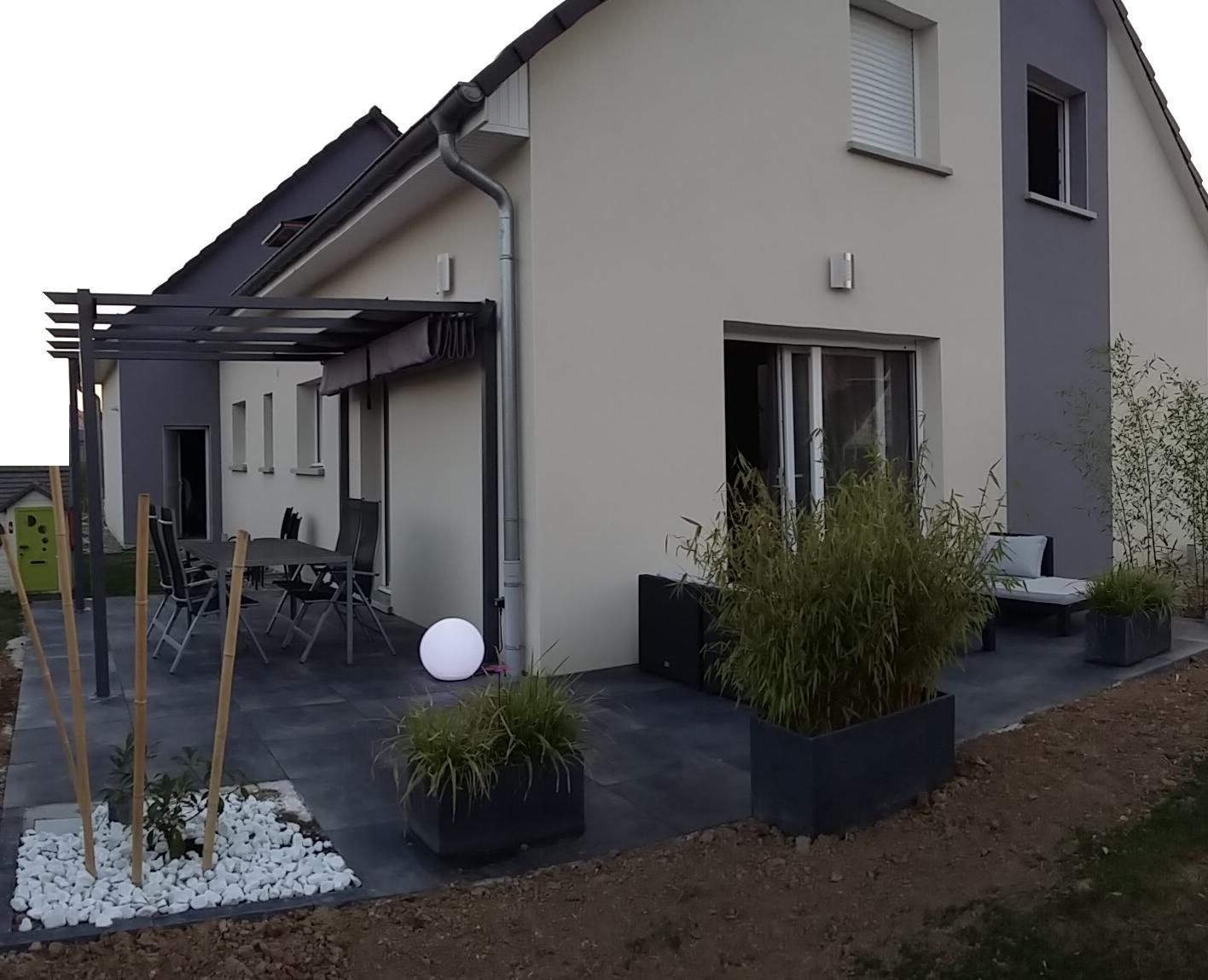 Bricolage de l 39 id e la r alisation terrasse design for Glissance carrelage