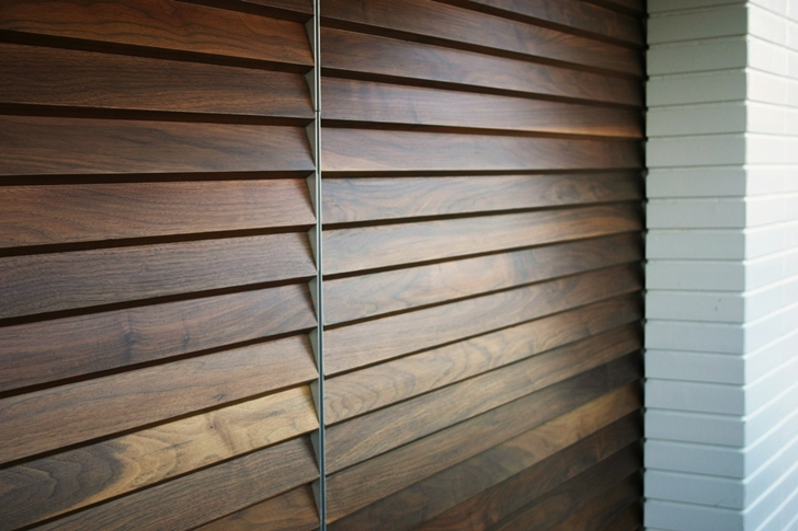 Wooden blinds in CORMAC Residence In California