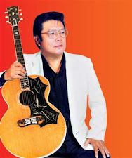 ELVIS OF MALAYSIA: HT LONG SPEAKS AS WELL AS HE SINGS