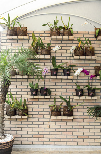 jardim vertical terraco:Tijolo aparente é moda!