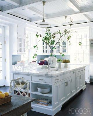 Unexpected interiors modern english tudor style for Kitchen ideas elle