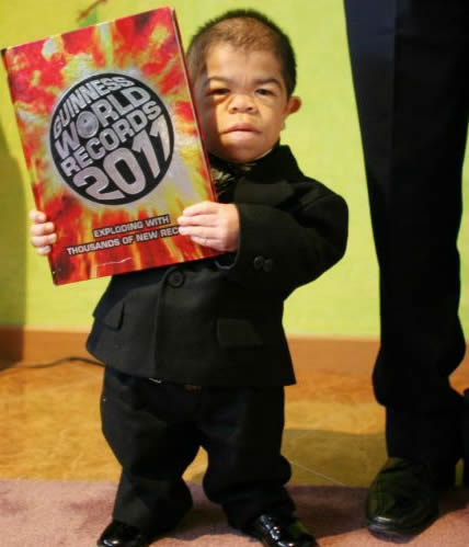 from Colombia  one of the smallest men in the world at only 27 inchesWorlds Shortest Person