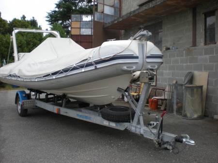 Pesca a mare il costo di un gommone in mare for Costo per costruire un garage per 2 persone