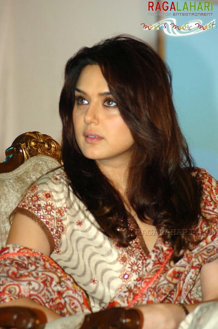 Preity Zinta Hot Actress