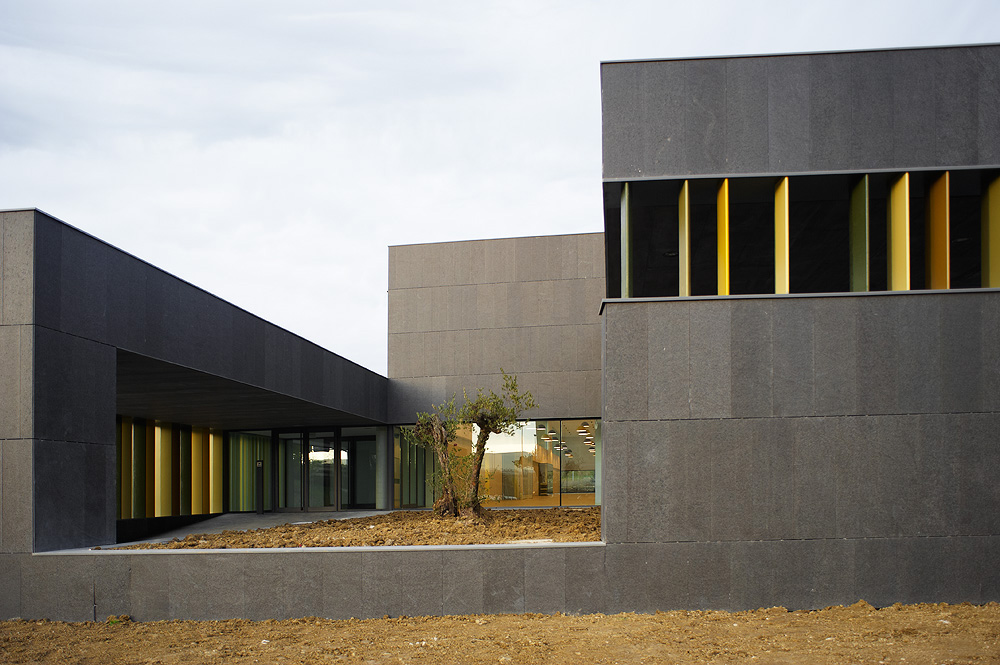 Javier larraz escuela infantil en pamplona hic arquitectura - Arquitectos en pamplona ...