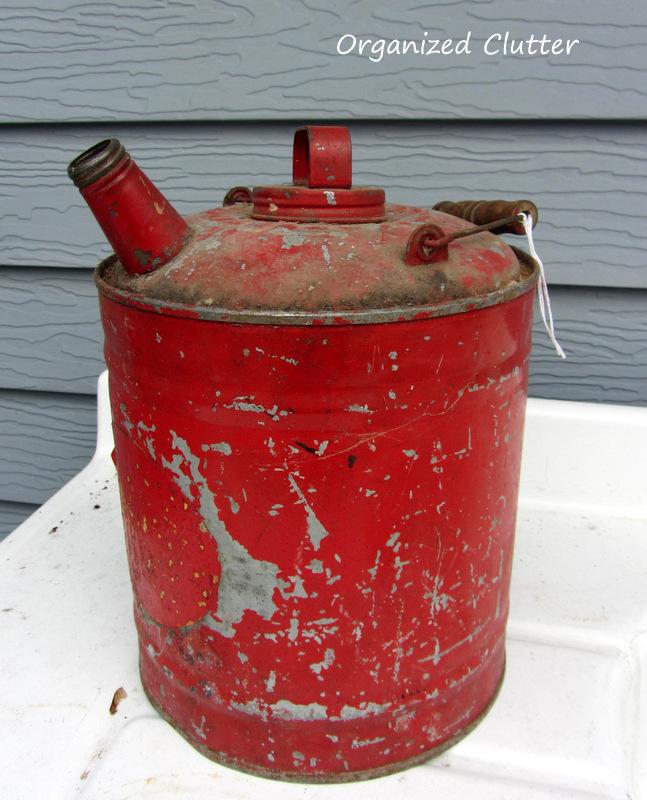 Garden Junk Gas Can www.organizedclutterqueen.blogspot.com