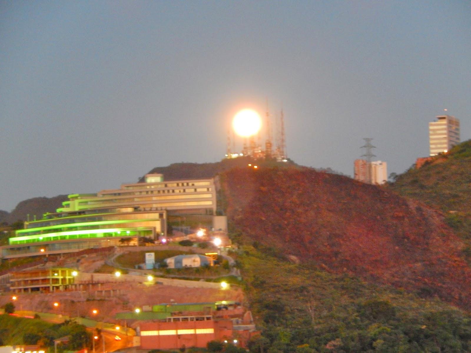 #B59416 BLOG DO UNIVERSO: Lua Transbordante em Belo Horizonte Para a  514 Janelas Em Aluminio Belo Horizonte