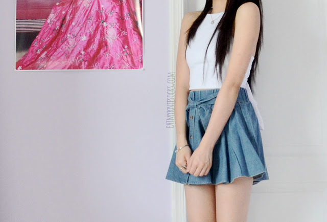 More photos of the cute ulzzang outfit, with Yumart's bow-tie denim skirt and a tie-back white crop top.
