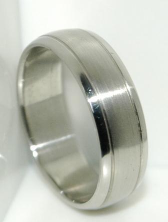 Cincin Titanium Online