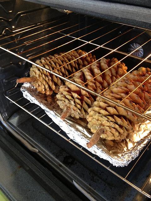 Tuesdays with dorie sugar pine cones - Pommes de pins decoration ...