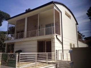 Case Toscane Agenzia Immobiliare : Gruppo immobiliare lloyd case toscane: appartamento con giardino in
