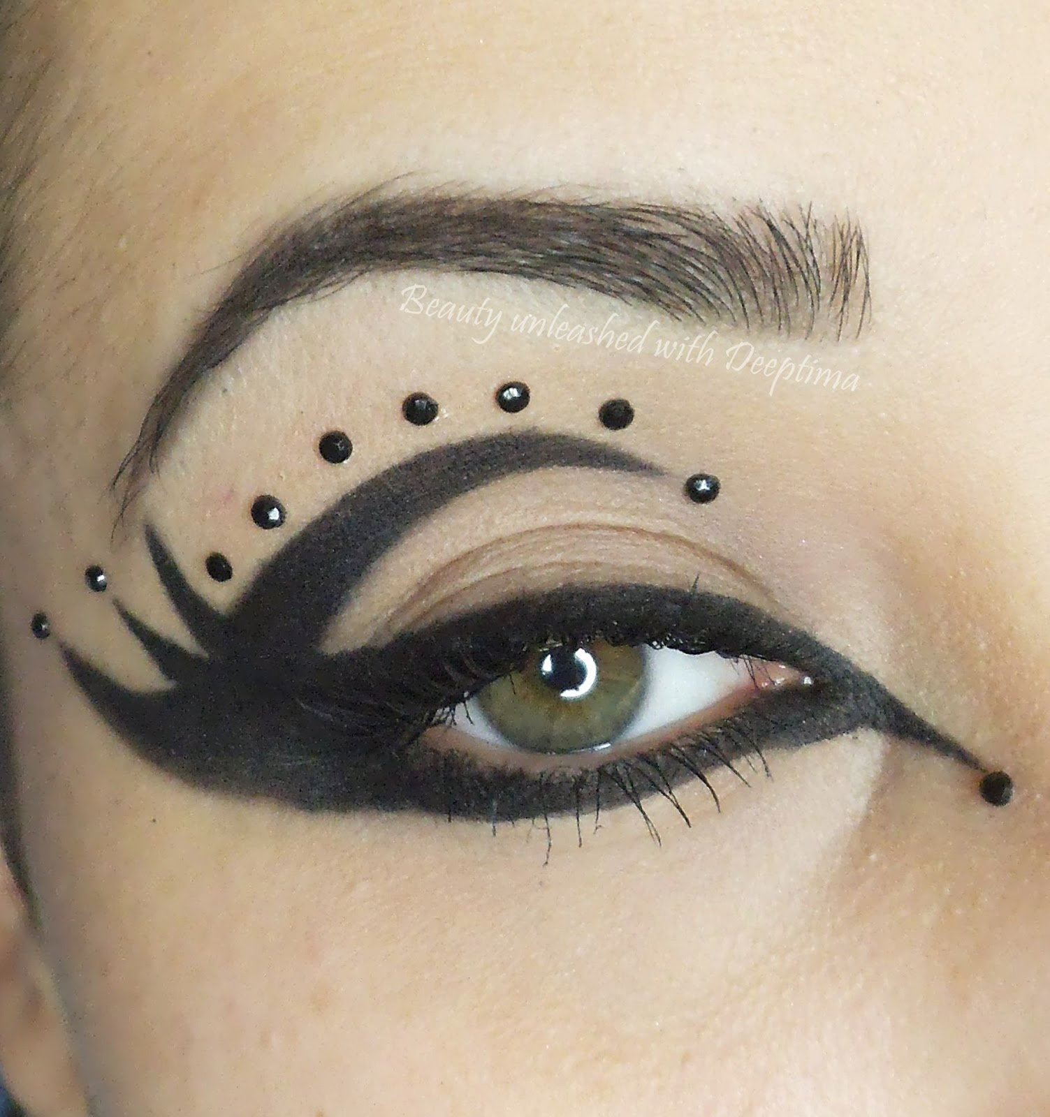 Cat eye makeup pictures