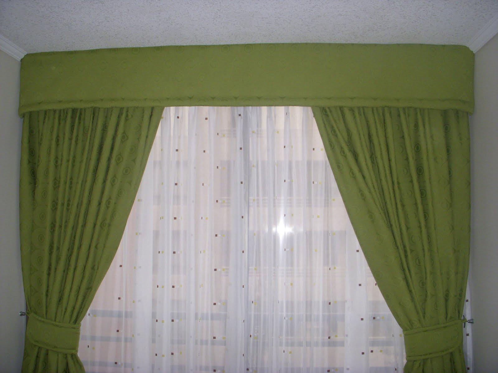 Cortinas de ba o rojas for Modelos de cortinas de bano en tela