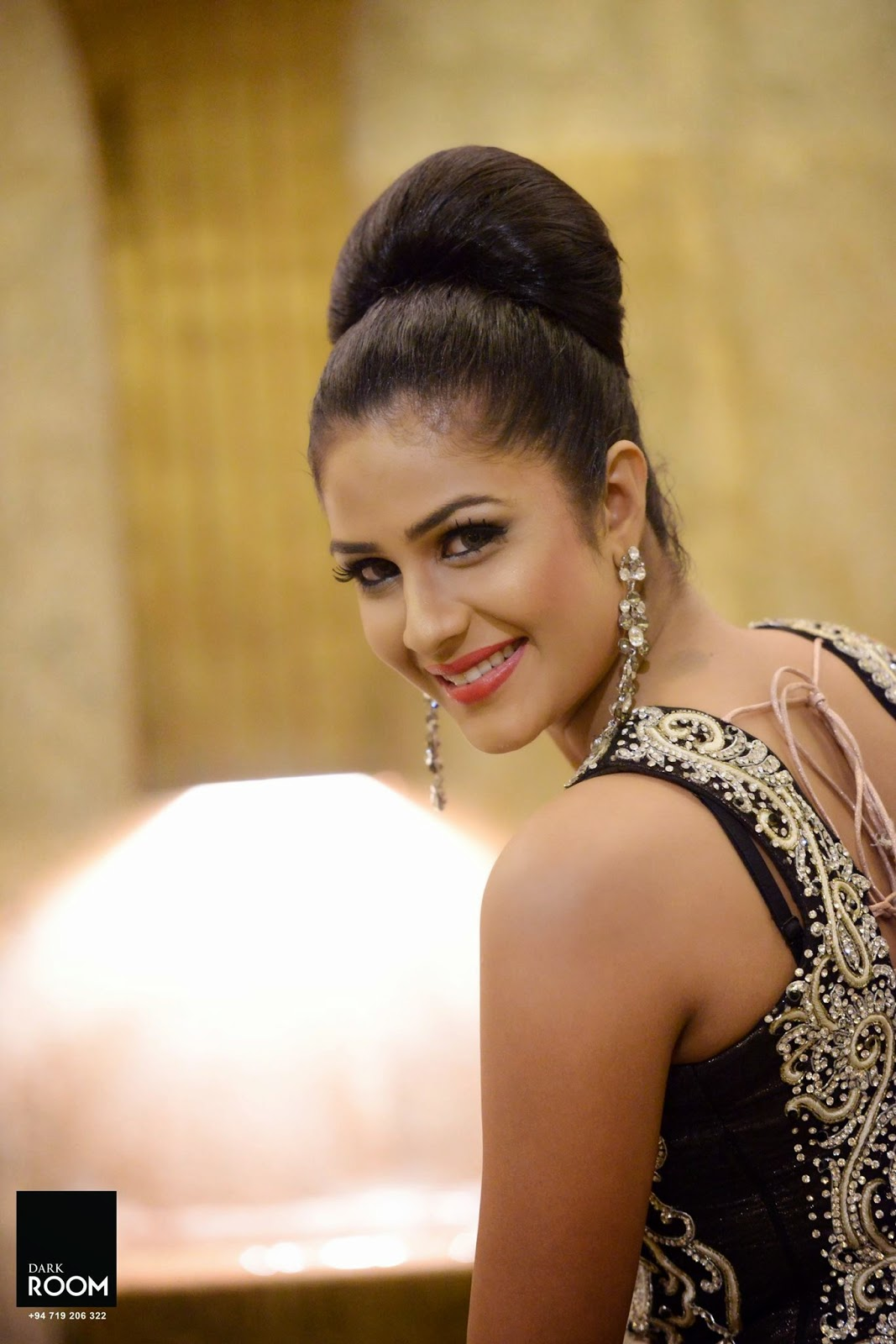 Maheshi Madusanka latest