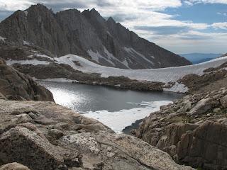 Der schneebedeckte White Bear Pass