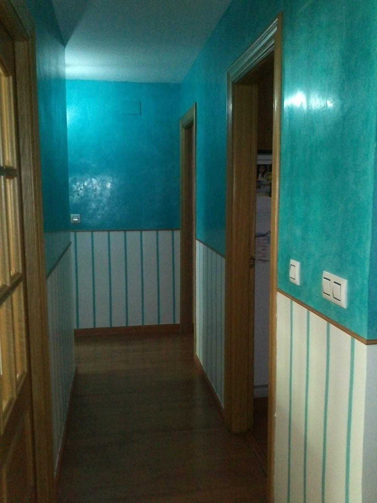 Pasillos pintados a rayas beautiful pasillo colores with - Pasillos pintados a rayas ...