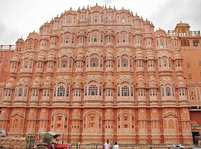 La façade du palais des Vents à Jaipur