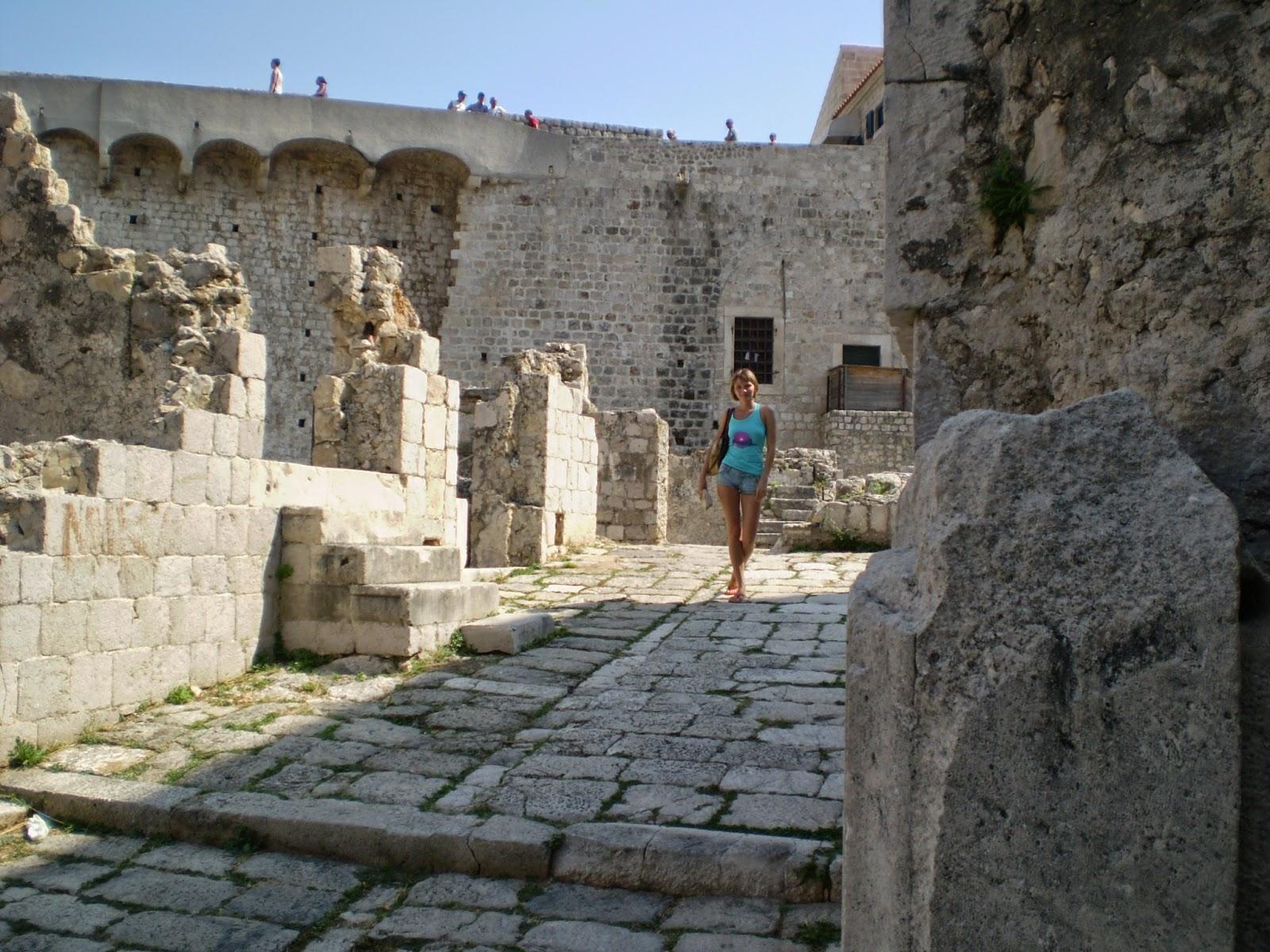 Разрушенные-здания-Дубровника