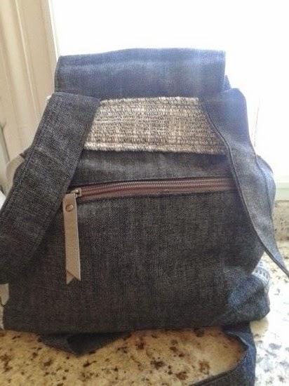 mochila mujer con vaquero usado