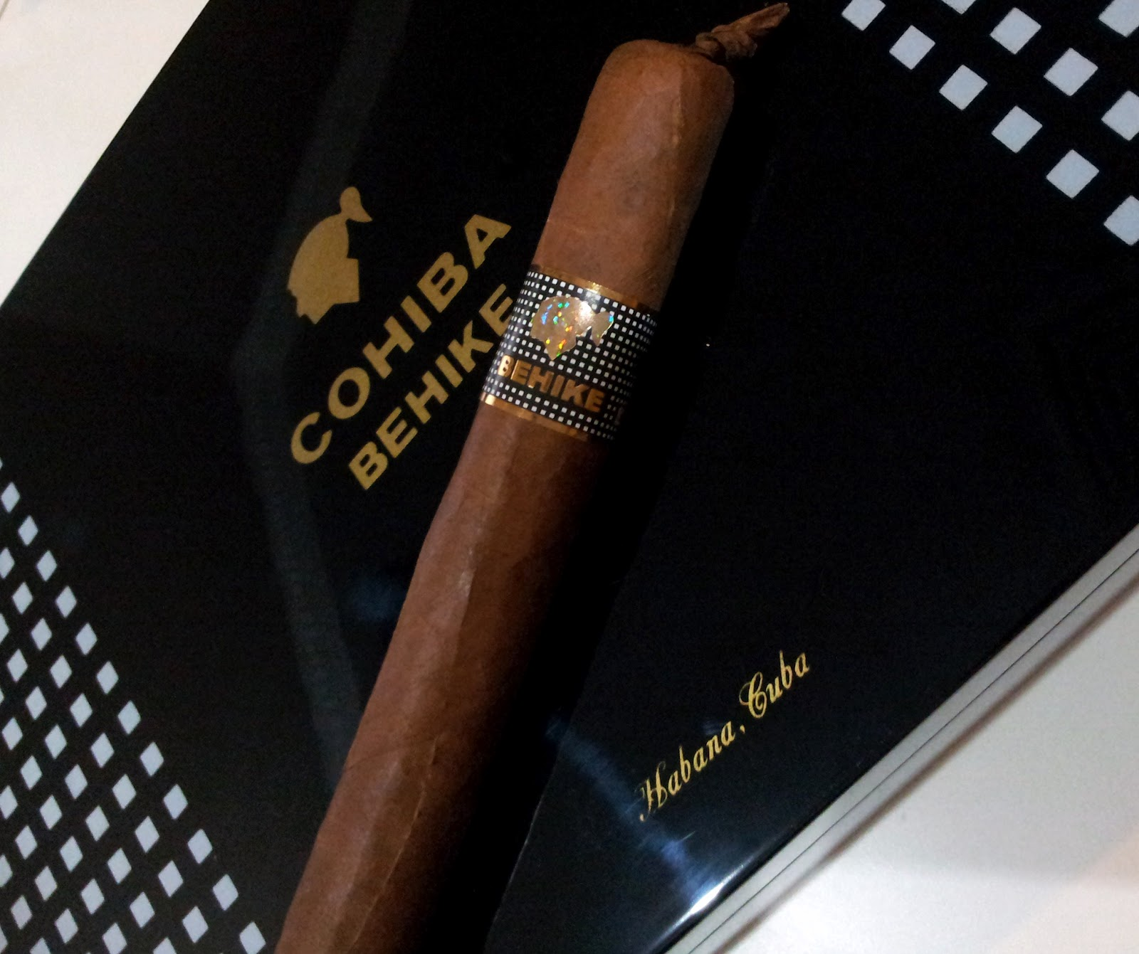 Me and My Cigars: My Fake (counterfeit) COHIBA BEHIKE 56