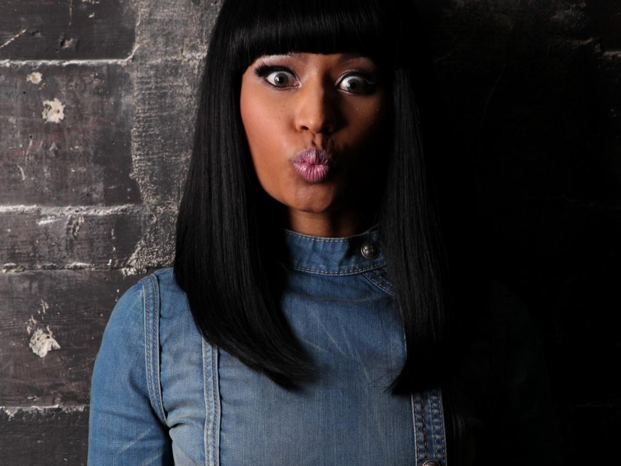 http://2.bp.blogspot.com/-zllWi3EQlc8/T3yrpzg3FwI/AAAAAAAAOks/1XpJ0eO_9Js/s1600/Nicki-Minaj-010.jpg