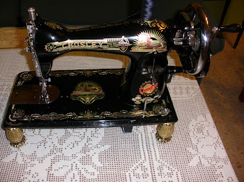 MAQUINA DE COSER ANTIGUA DE COLECCION