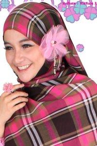 Clover Clothing Kerudung Jse Ellana - Pink (Toko Jilbab dan Busana Muslimah Terbaru)