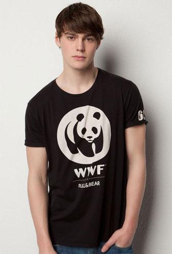 camiseta la Hora del Planeta WWF y Pull and Bear hombre