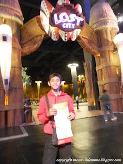 Gerbang Lost City Trans Studio Bandung