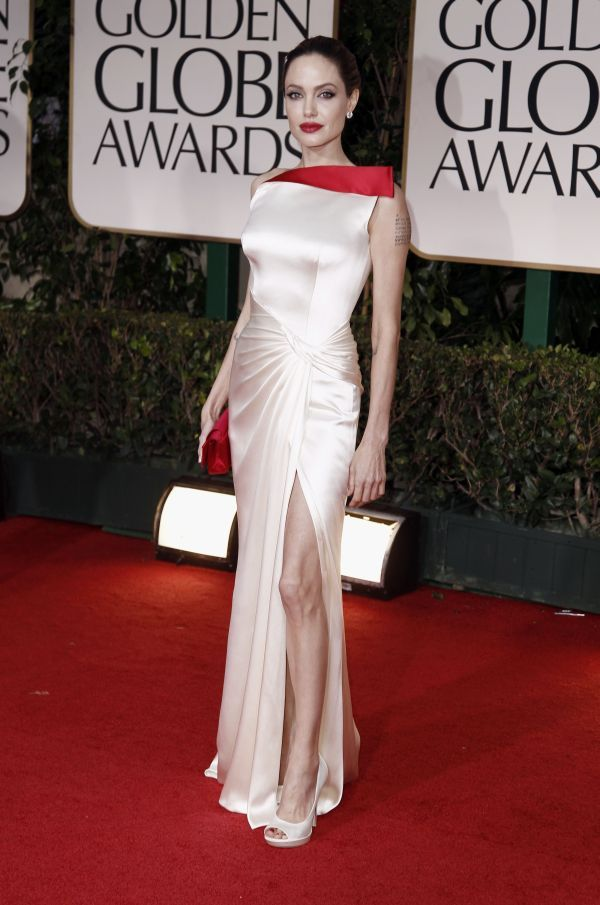 Dresses For Women: Angelina Jolie Fashionable Clothes