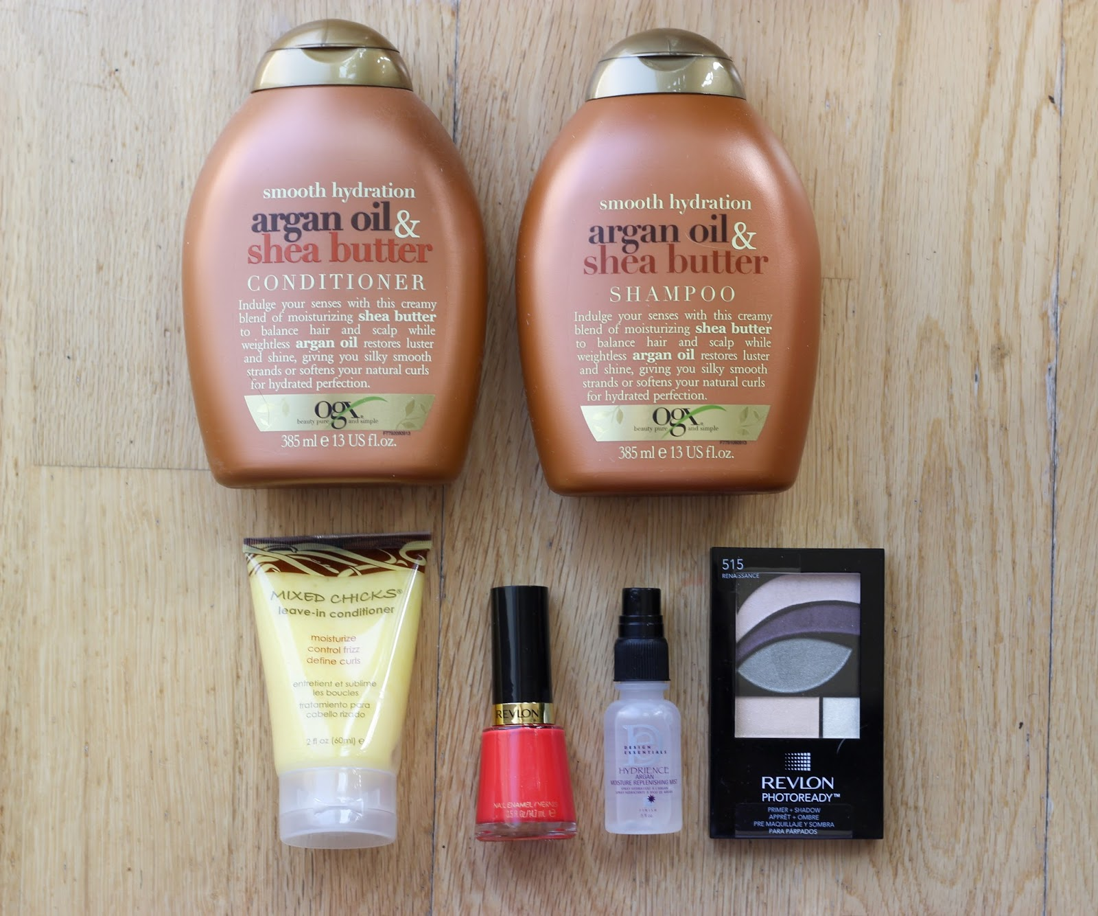 Glowwbox August beauty blogger woc discoveriesofself glowwbox review revlon ogx mixed chicks