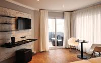 http://www.namibiareservations.com/swakopmund_plaza_hotel.html