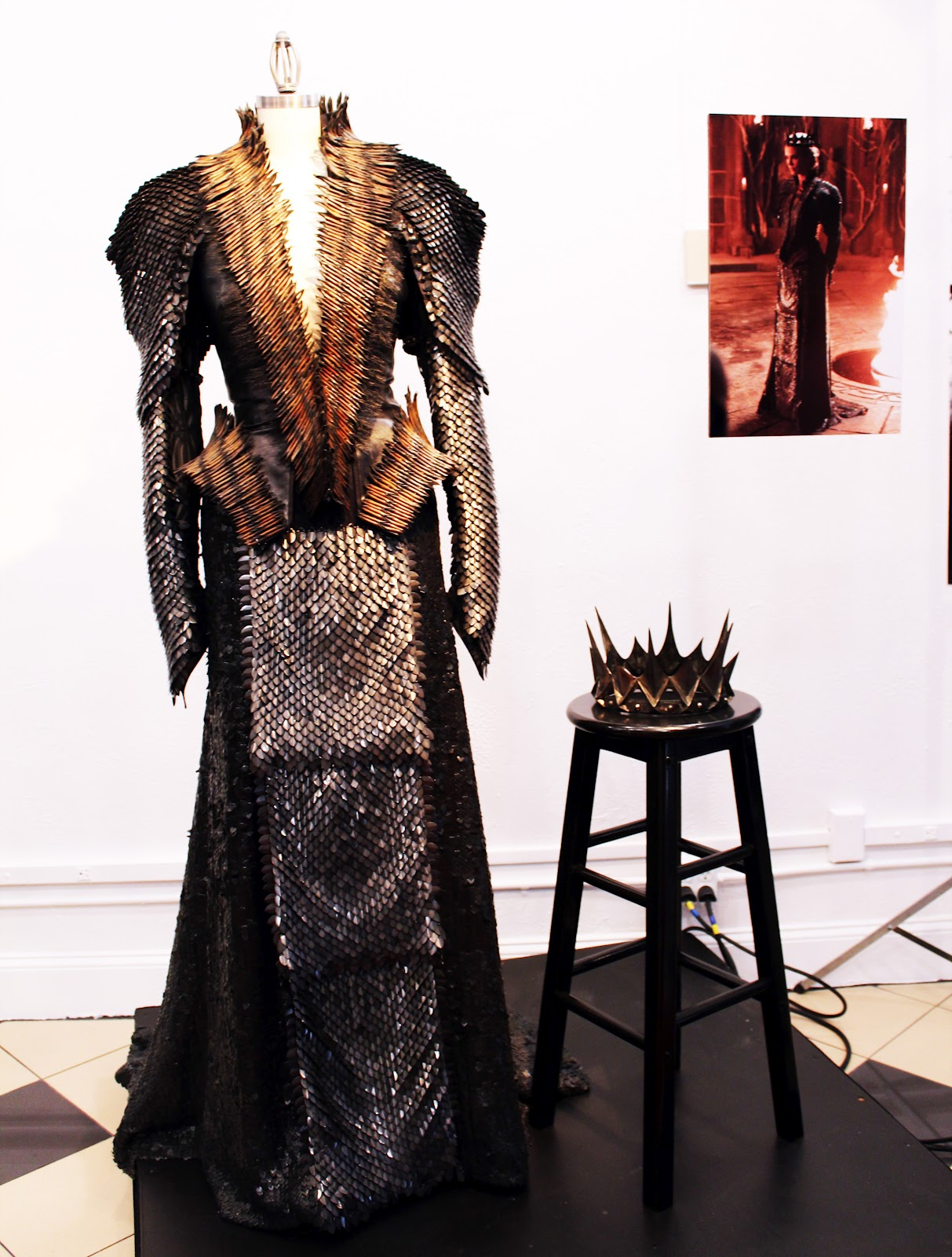 Ravenna, La Reina Malvada Snow+White+Evil+dress