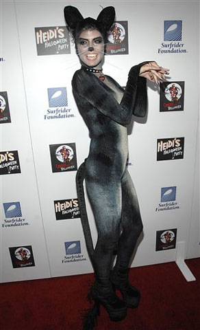 Heidi Klum disfrazada de gata
