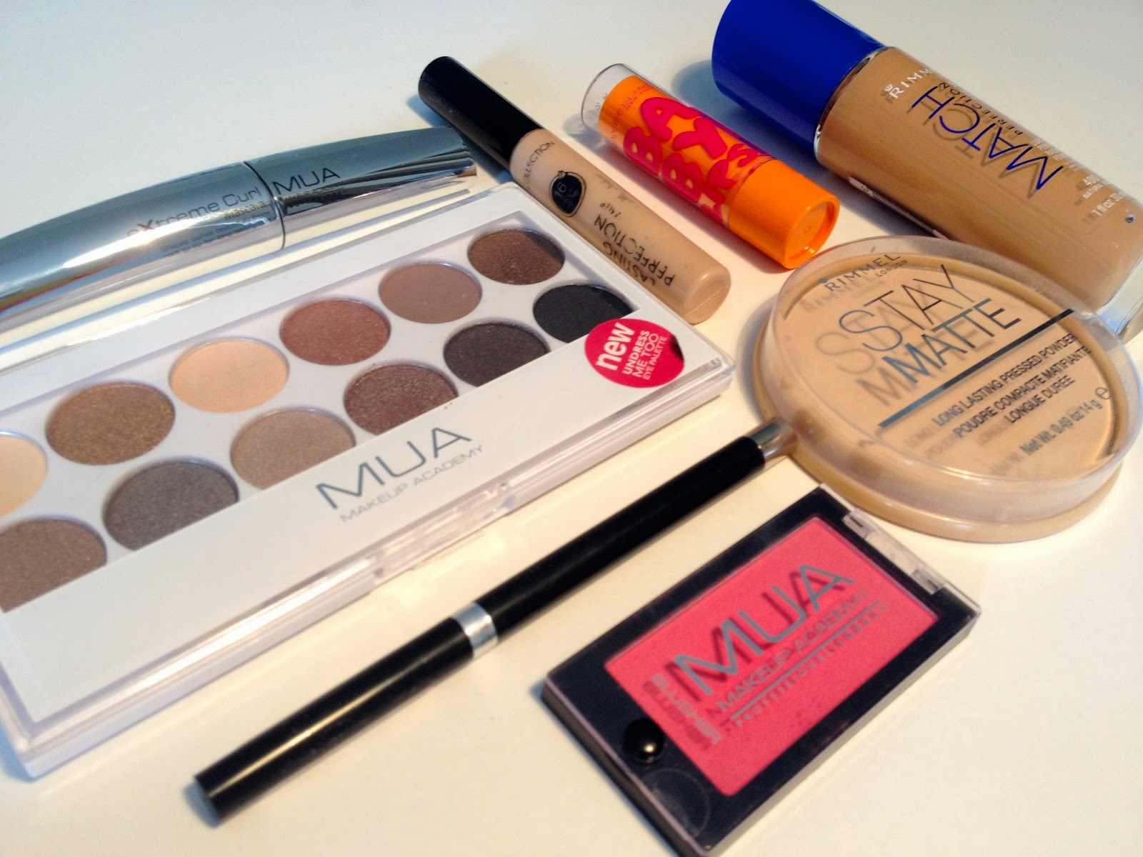 full-makeup-kit-for-£30