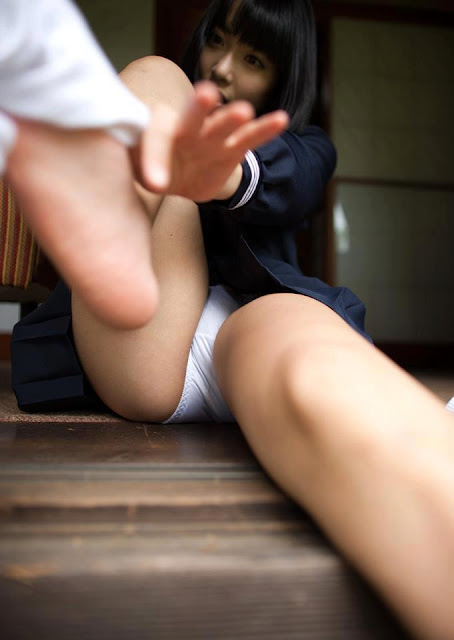 Foto Selangkangan Paha Gadis Sexy Bugil ngentot