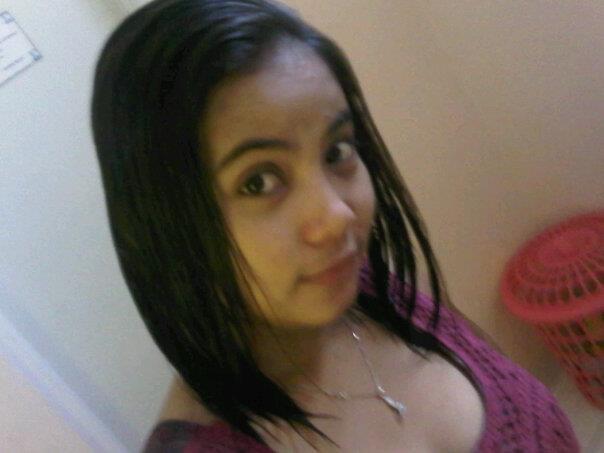 Latina milf with saggy tits