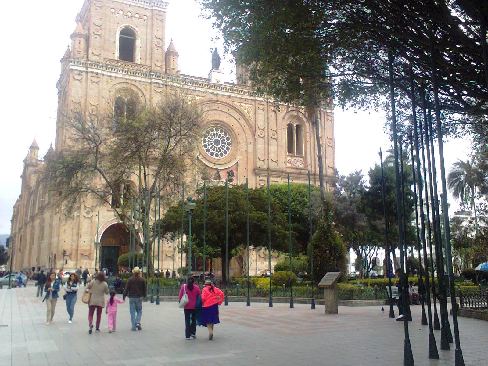 CUENCA, SIEMPRE HERMOSA Y CAUTIVADORA