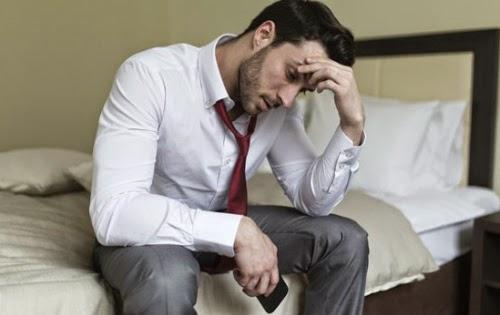 Tình trùng yếu có phải do ngồi nhiều?