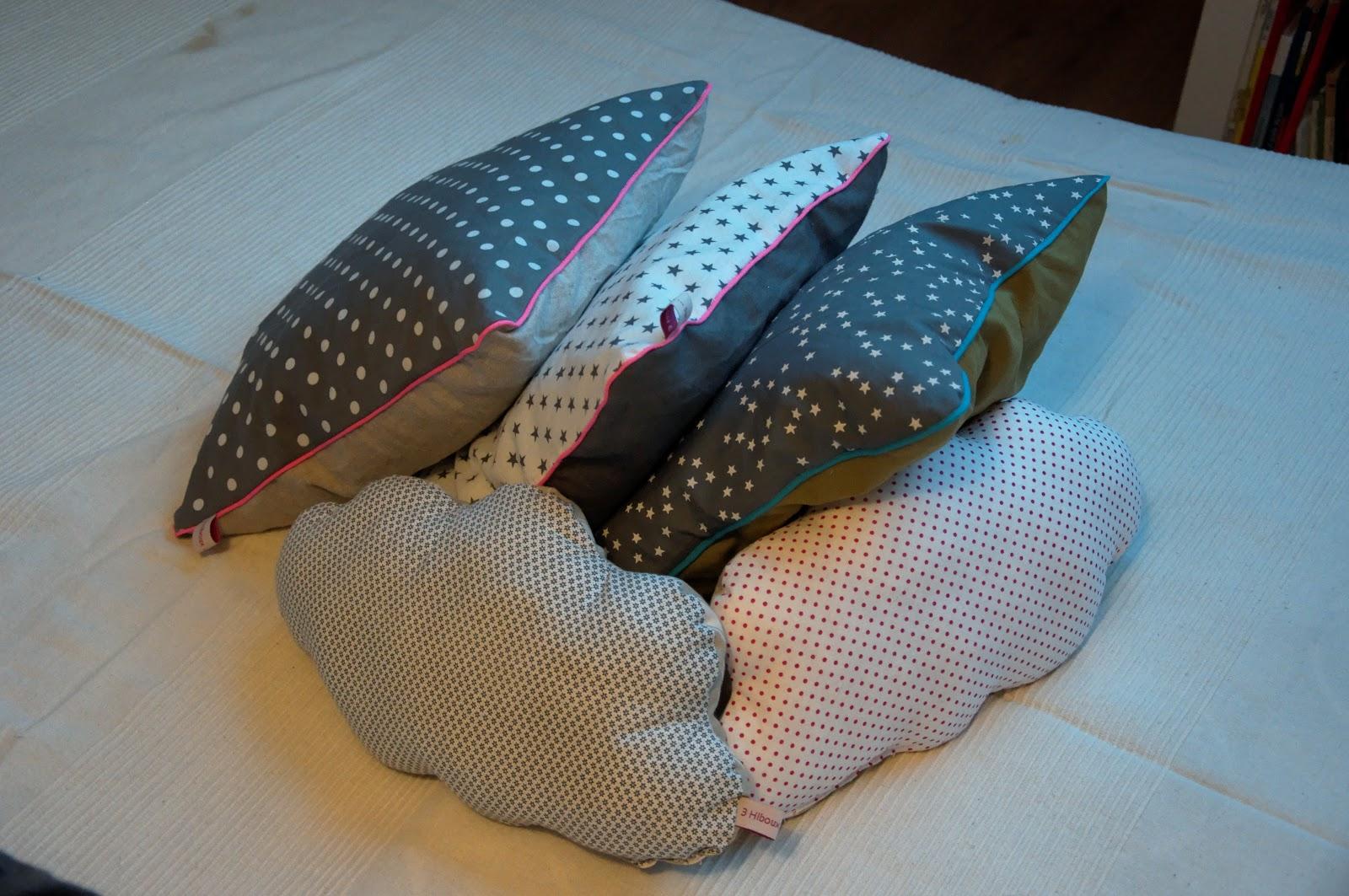 3 hiboux sur 1 fil mes coussins avec passepoil. Black Bedroom Furniture Sets. Home Design Ideas