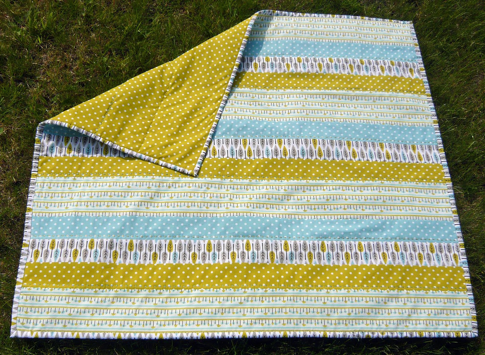 Sew to the Sea: Making a Super Quick Baby Quilt using Cloud9 Fabric : quick and easy baby quilts - Adamdwight.com